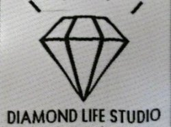 Diamond Life Studio Woven Label